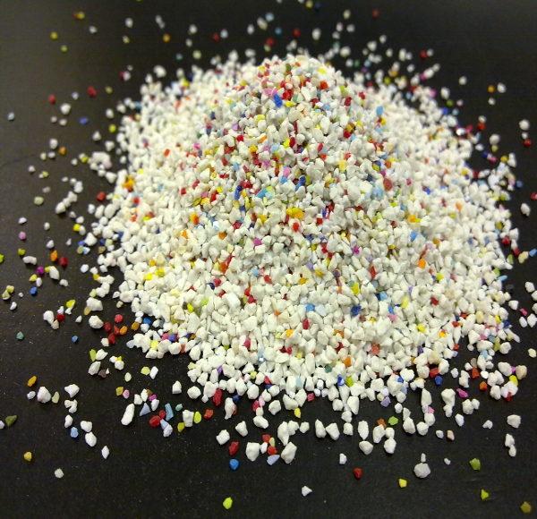 Imagen de granalla plástica